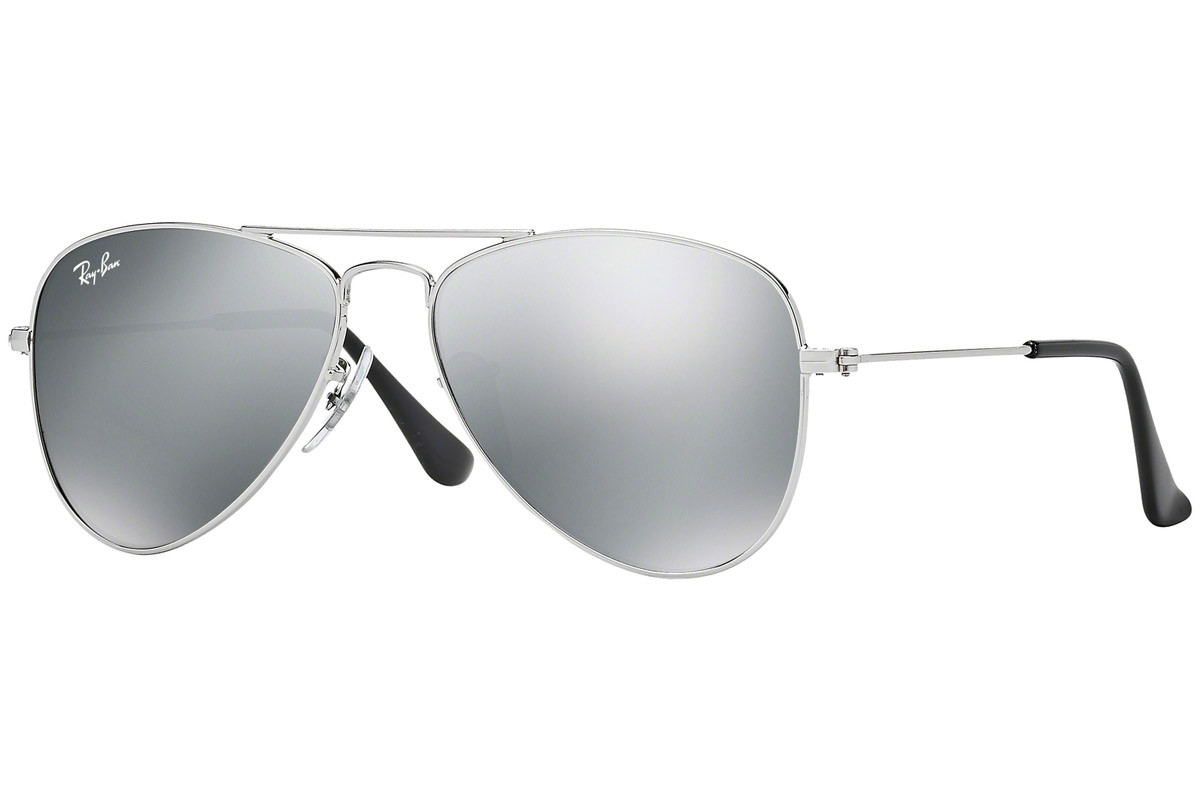 Ray-Ban Junior Aviator Junior RJ9506S 212/6G. Frame color: Silver, Lens color: Grey, Frame shape: Pilot