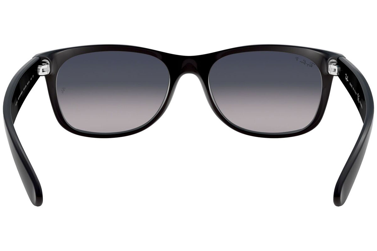 Ray-Ban New Wayfarer Classic RB2132 601S78 Polarized. Frame color: Black, Lens color: Blue, Frame shape: Squared