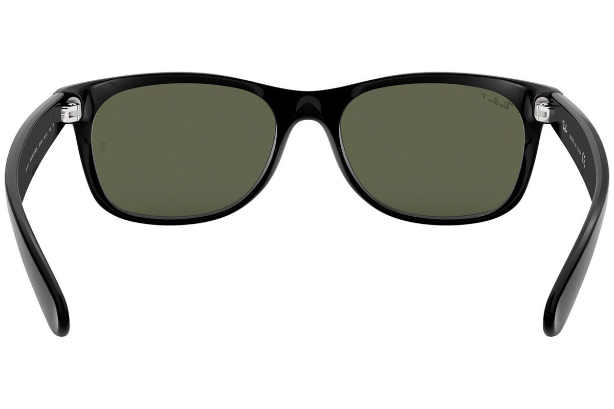 Ray-Ban New Wayfarer Classic RB2132 901/58 Polarized. Frame color: Черна, Lens color: Зелена, Frame shape: Квадратни
