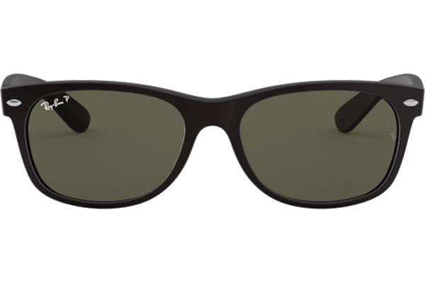 Ray-Ban New Wayfarer Classic RB2132 622/58 Polarized. Frame color: Black, Lens color: Green, Frame shape: Squared