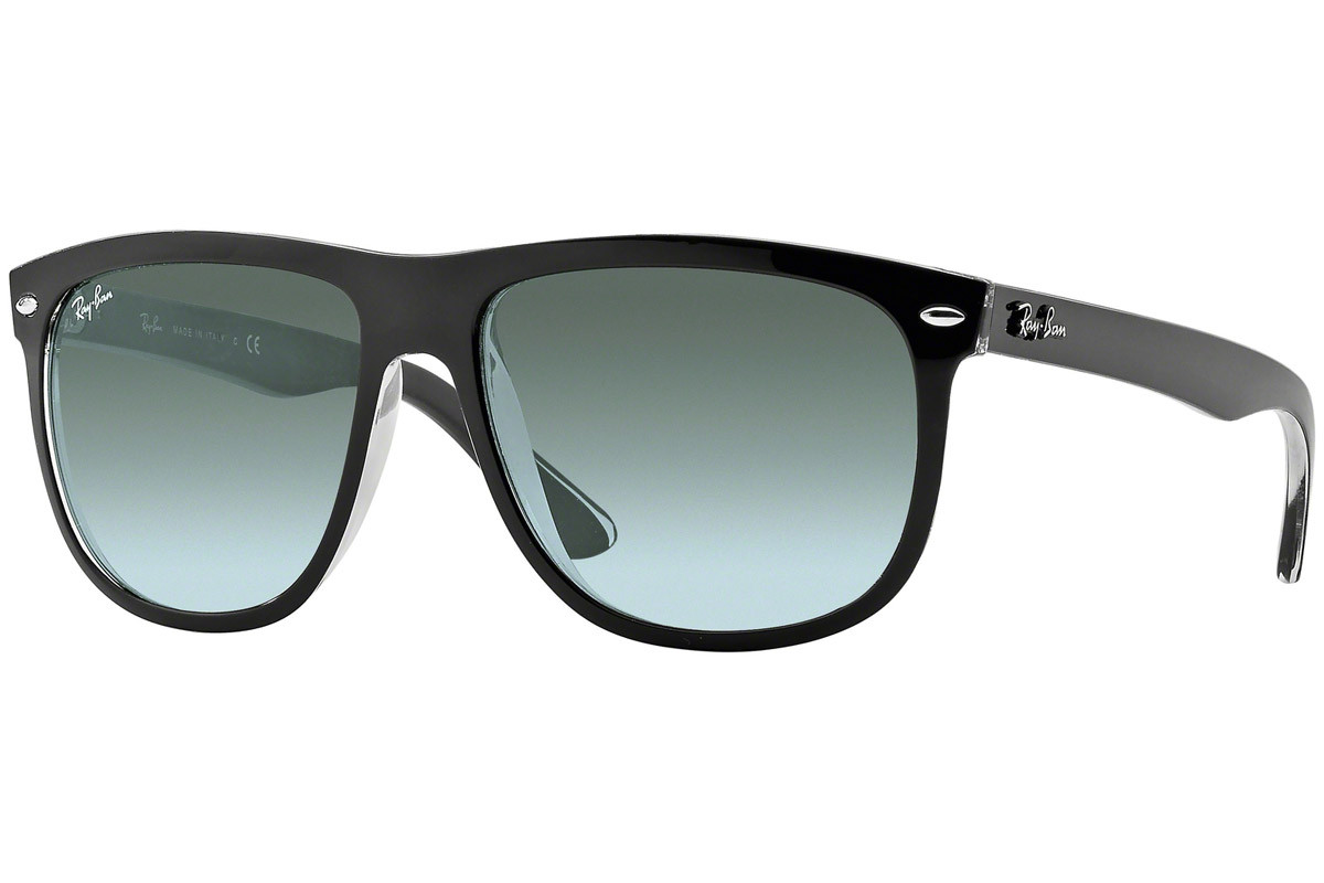 Ray-Ban RB4147 603971. Frame color: Black, Lens color: Green, Frame shape: Squared