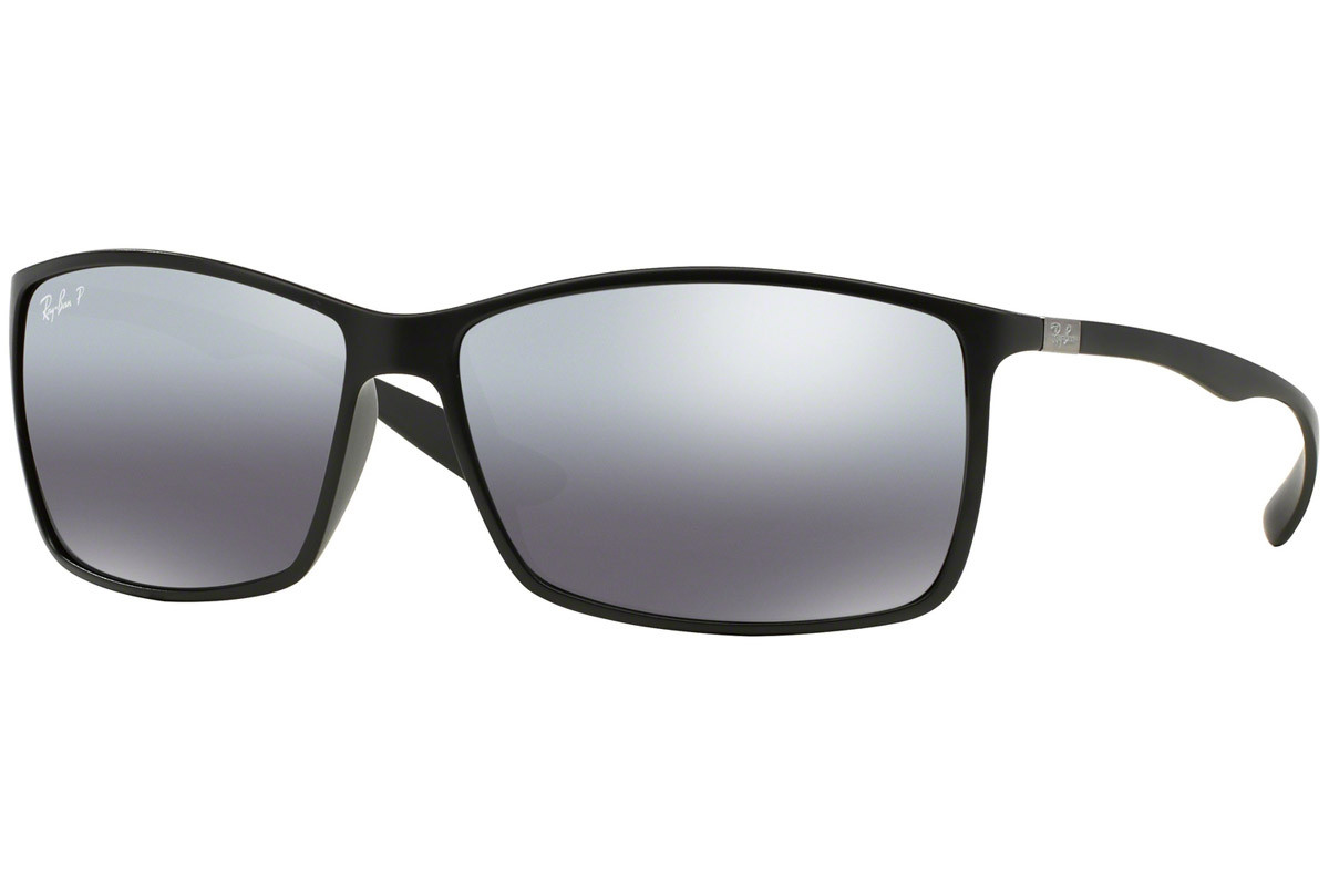Ray-Ban RB4179 601S82 Polarized. Frame color: Черна, Lens color: Сива, Frame shape: Правоъгълни