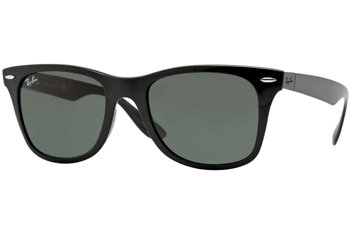 Ray-Ban Wayfarer Liteforce RB4195 601/71. Frame color: Črna, Lens color: Siva, Frame shape: Kvadratna