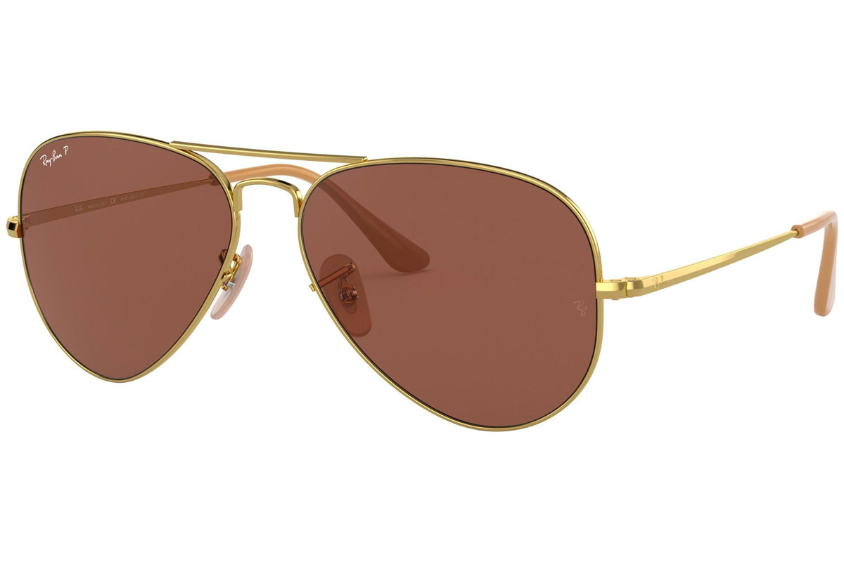 Ray-Ban RB3689 9064AF Polarized. Frame color: Zlata, Lens color: Rjava, Frame shape: Pilotska