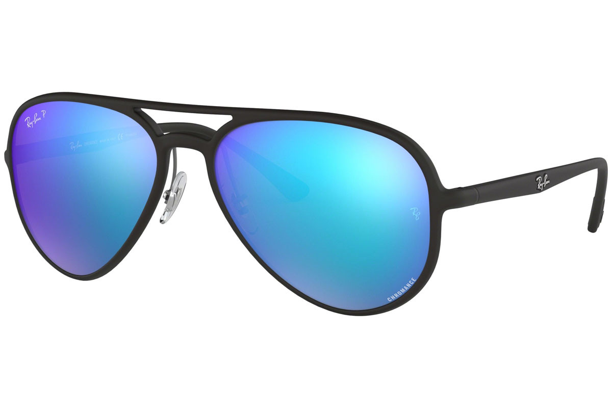 Ray-Ban Chromance Collection RB4320CH 601SA1 Polarized. Frame color: Schwarz, Lens color: Blau, Frame shape: Pilot